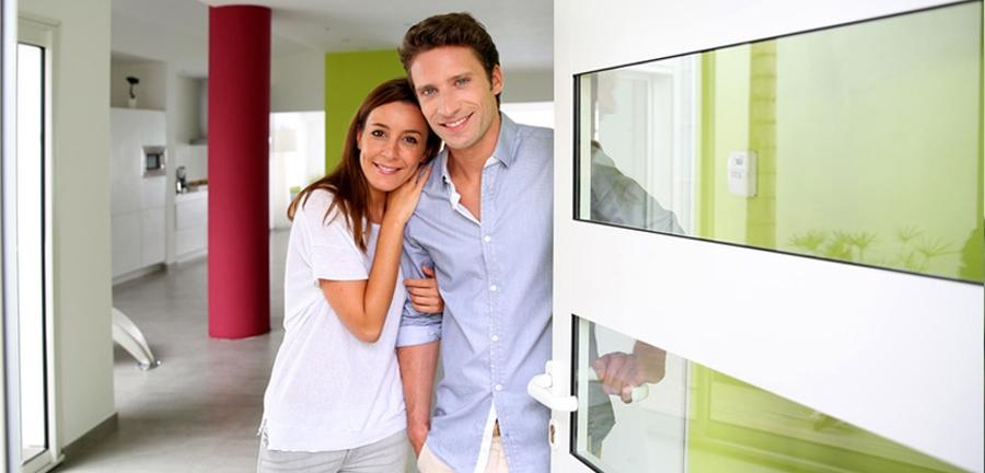 js fenster bau gmbh individueller vertrieb und einbau von fenster t ren rolll den. Black Bedroom Furniture Sets. Home Design Ideas